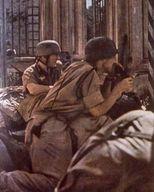 Operación Dickens Paracas-luchando-en-ruinas